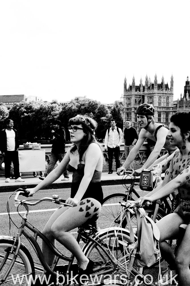 Bikewars.co.uk-WNBR2011-15