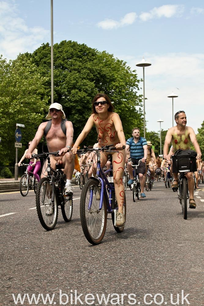 WorldNakedBikeRide-Brighton2010-51