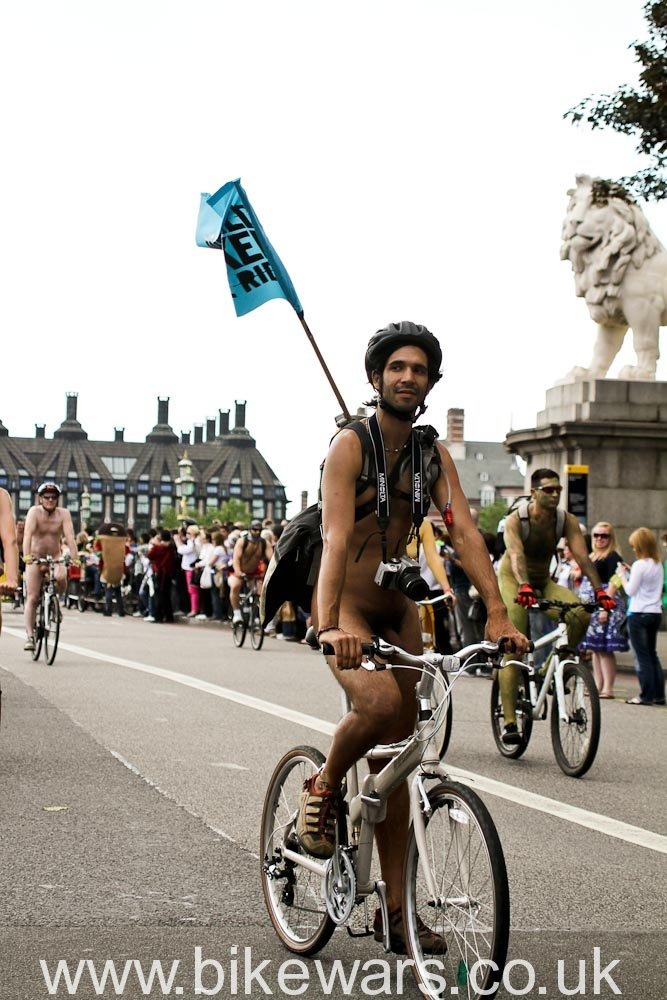 WorldNakedBikeRide-London2010-82